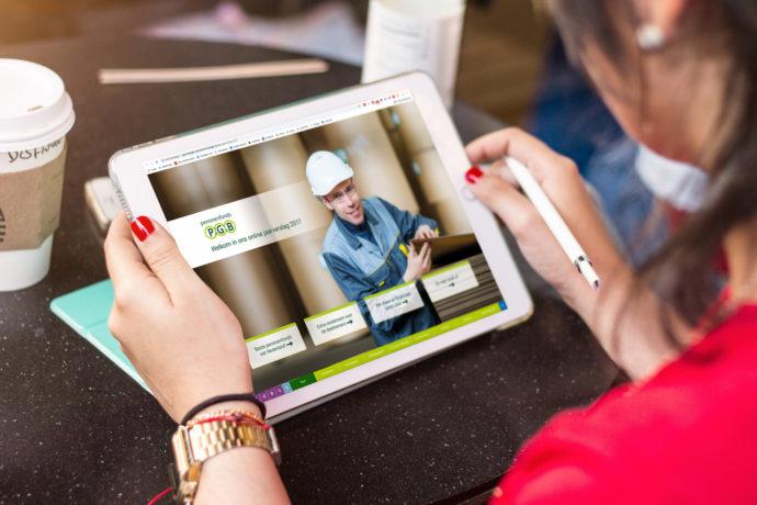 Verras je klanten: stuur een visueel jaarverslag